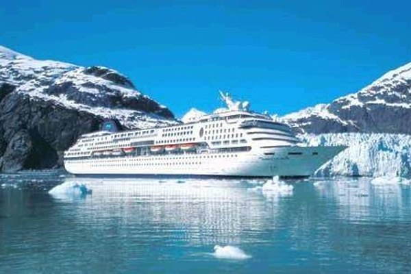 What To Wear On An Alaska Cruise In May Getaway USA - Alaskan cruise ship