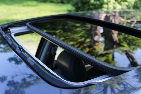 How To Clean Out The Sunroof Drain Holes It Still Runs
