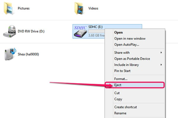 The File Explorer eject option.