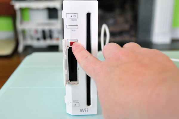 What to Do If Wii Remotes Keep Blinking?   It Still Works