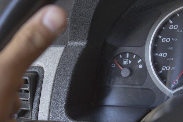 How To Fix A Stuck Fuel Gauge It Still Runsrhitstillruns: 04 F350 Fuel Gauge Wiring Diagram At Cicentre.net