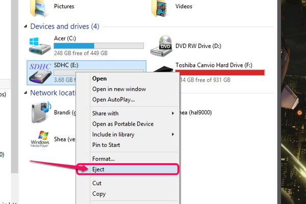The SD Card context menu with Eject highlighted.