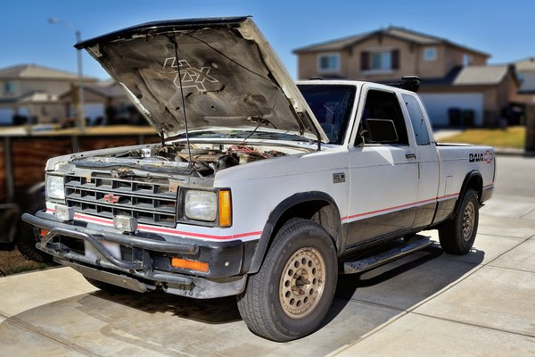 How To Troubleshoot Vacuum Lines In A Chevy S10 It Still Runs