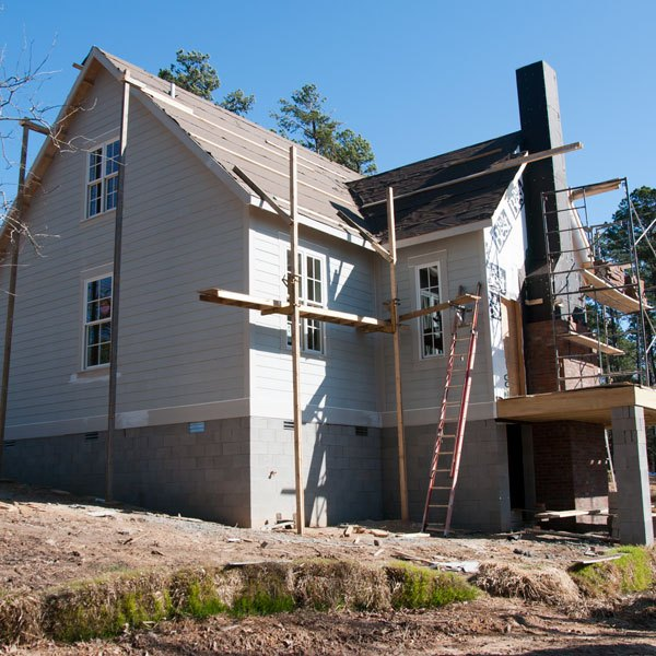 12 budget friendly home building tips ehow - Tips for building a new home ...