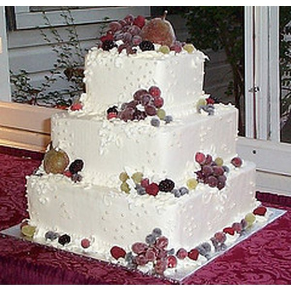 how to make your own wedding cake part 1 of 2 how to make your own wedding cake our everyday 16079