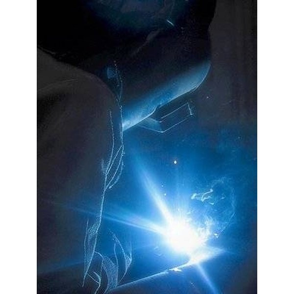 Welding flash that can burn the eyes