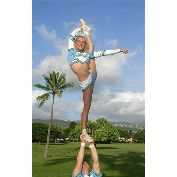 Bow and arrow by Hawaii Pacific University Cheerleaders.