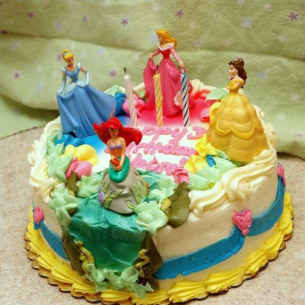 Disney Princess Cake photo by Yogi