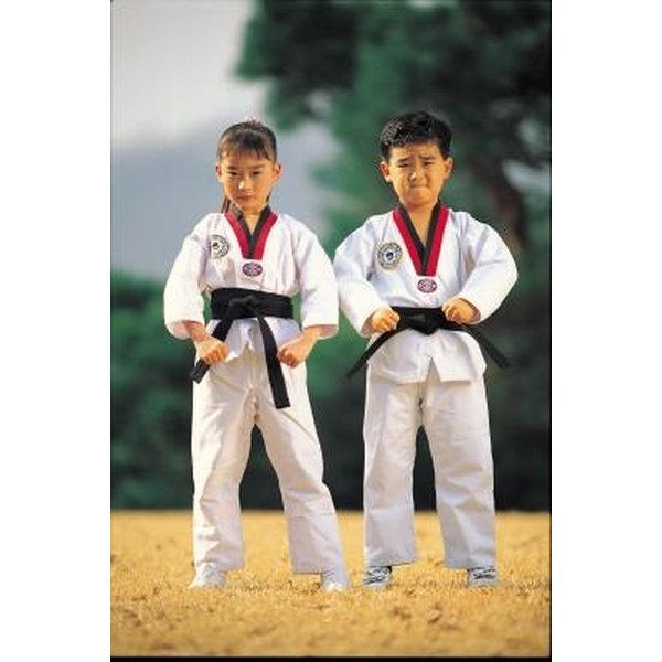 The Taekwondo uniform, known as the dobak, is also sometimes worn with patches.