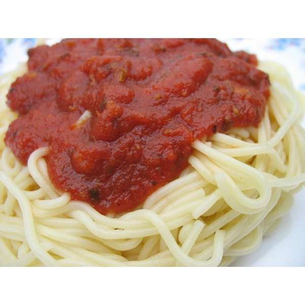 Properly store pasta sauce for delicious pasta dishes.