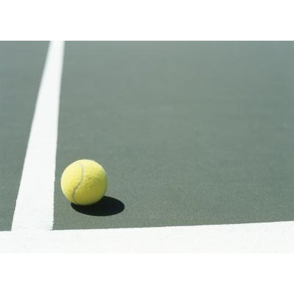 How much does it cost to resurface a tennis court