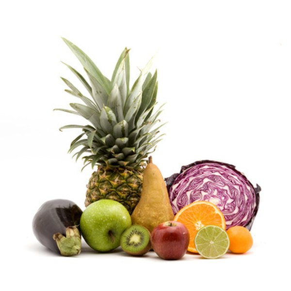 A healthy diet for hepatitis should restrict alcohol and include plenty of fruits and vegetables.