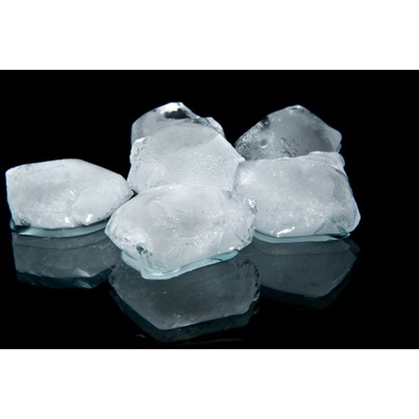 Ice helps relieve hernia pain.