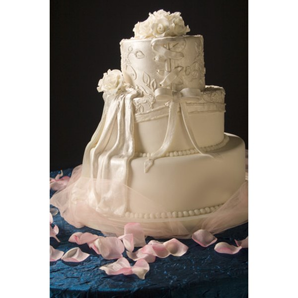 White wedding cakes represent the bride's purity.