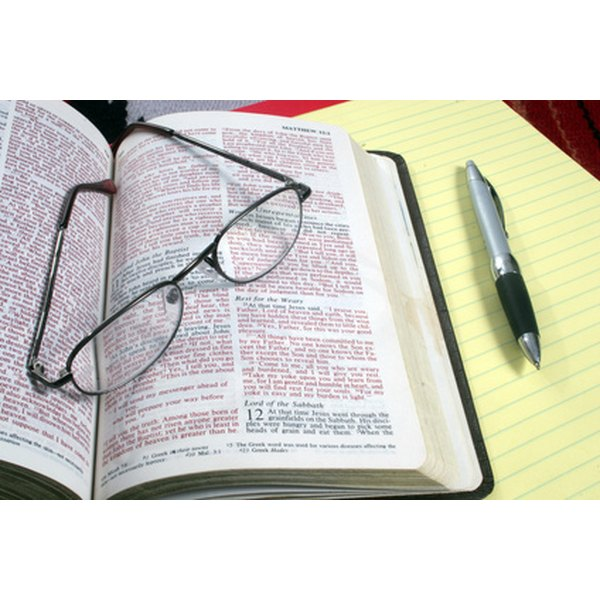 Top 10 Qualities of Good Bible Study Leaders - SignUpGenius