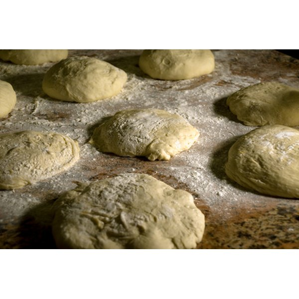 Pie dough is generally not overly sugary, so it has a variety of uses.