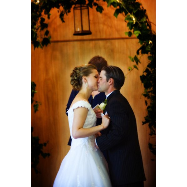 Southern Illinois has many attractive wedding options ranging from formal to intimate.