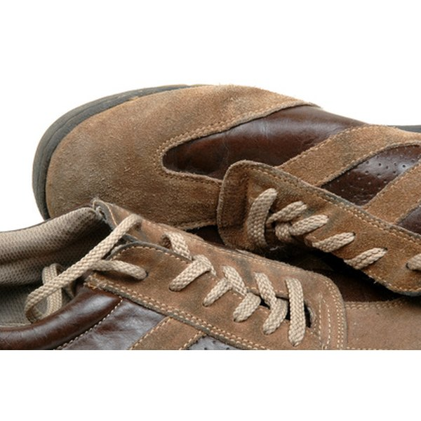 Clean your sperry shoes with a simple solution.