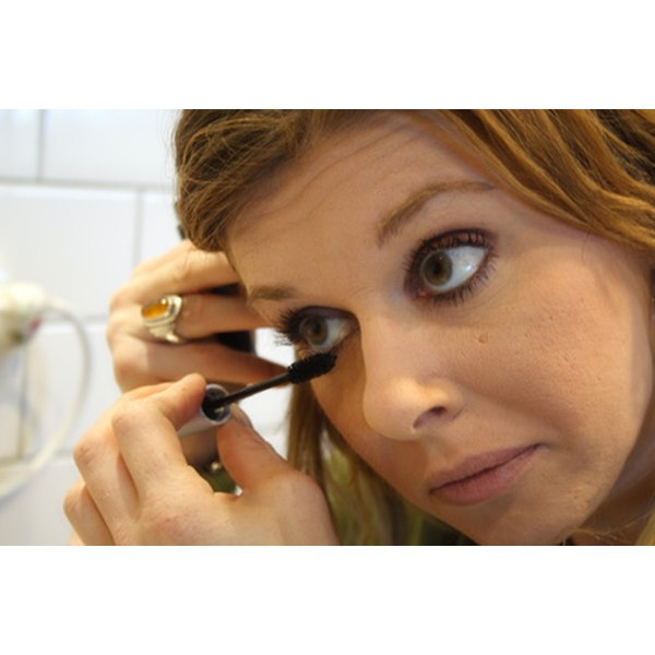 How To Get Liquid Eyeliner Off Clothes Our Everyday Life