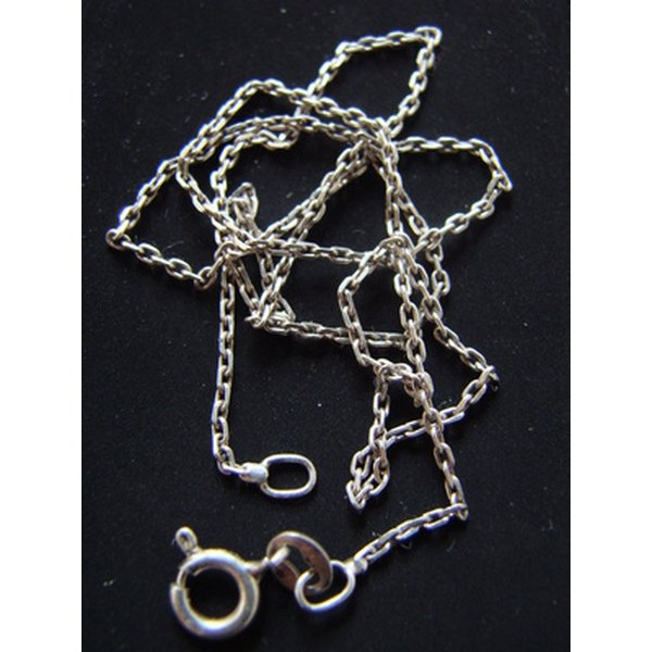 Clean your silver chain with non-toxic ingredients.
