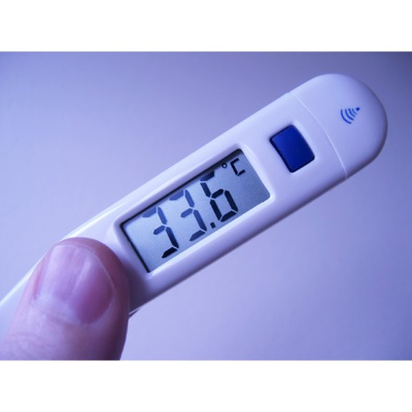 A clear display screen makes recording a patient's temperature easier.