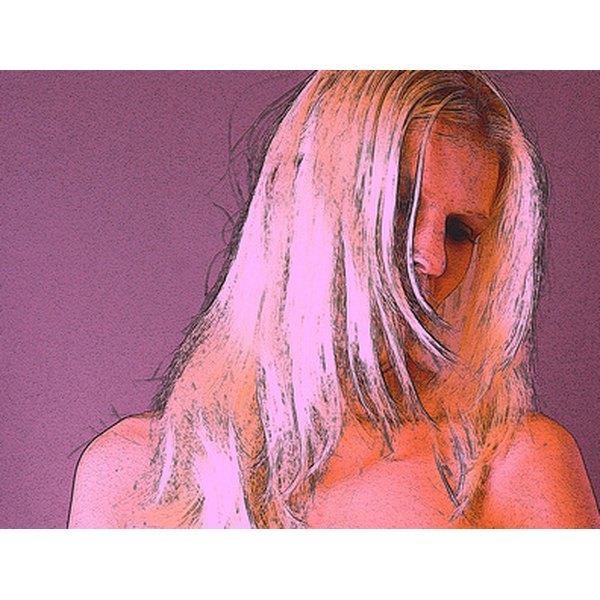 Lighten hair with Clarins Jazzing.