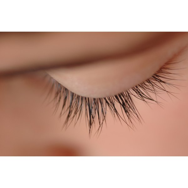 Eyelash mites can cause irritation.