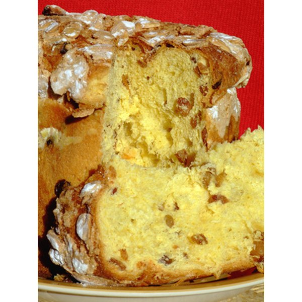 Panettone is perhaps one of the most widely spread Italian Christmas traditions in the world.