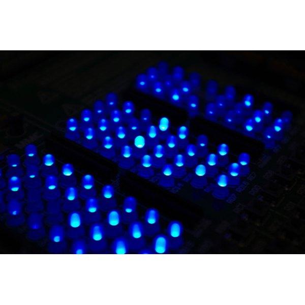 LED belt buckles contain 147 LED lights in the belt buckle frame.