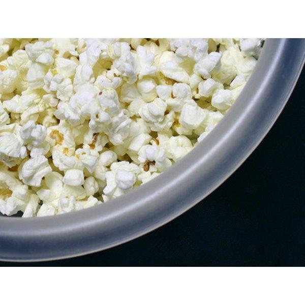 Delicious homemade popcorn is easy.