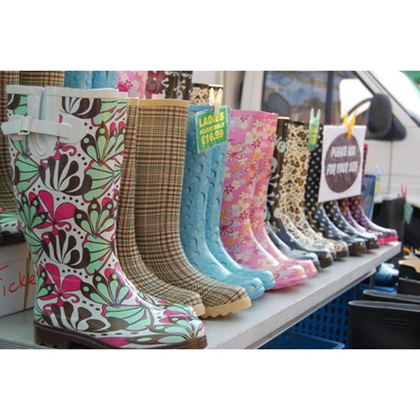 Paint your own designer wellies together with the kids