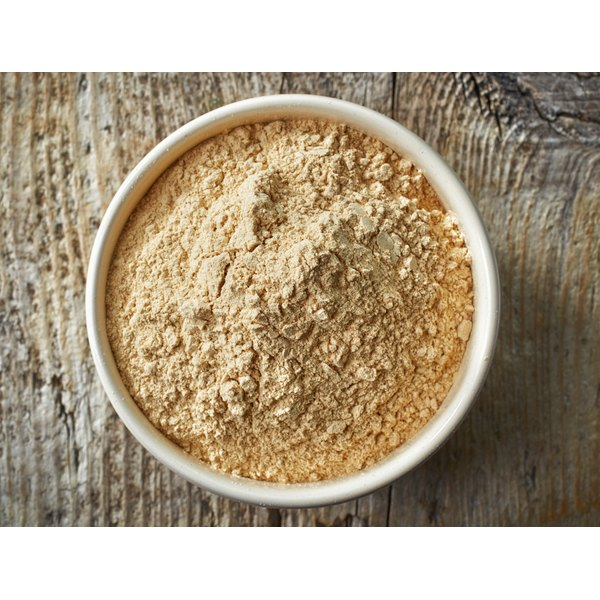 Ground maca in a bowl.