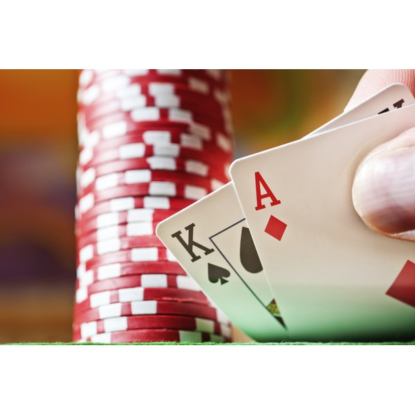 A player reveals blackjack.
