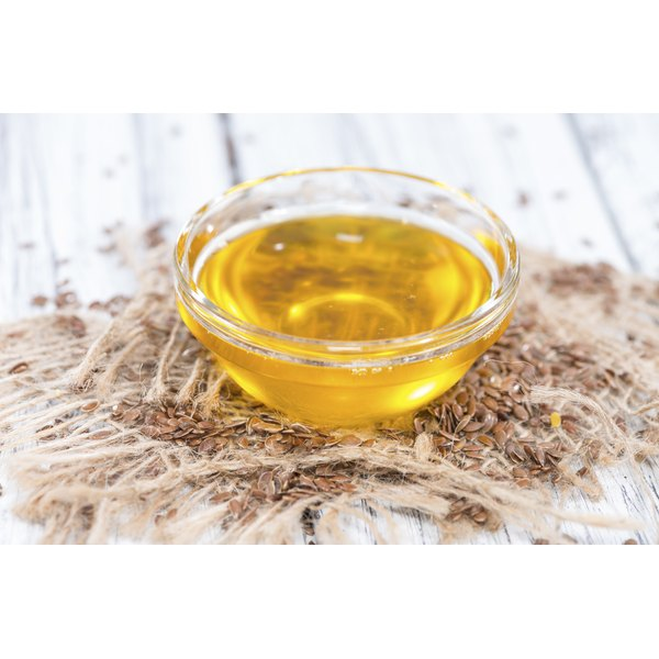 Flaxseed oil in a bowl.
