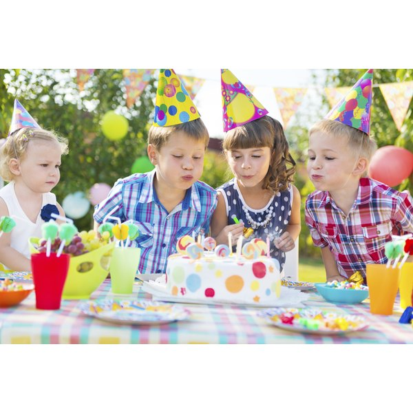 How to say no gifts on a kids birthday invitation our everyday life a childs birthday party can be loads of fun even without gifts stopboris Image collections