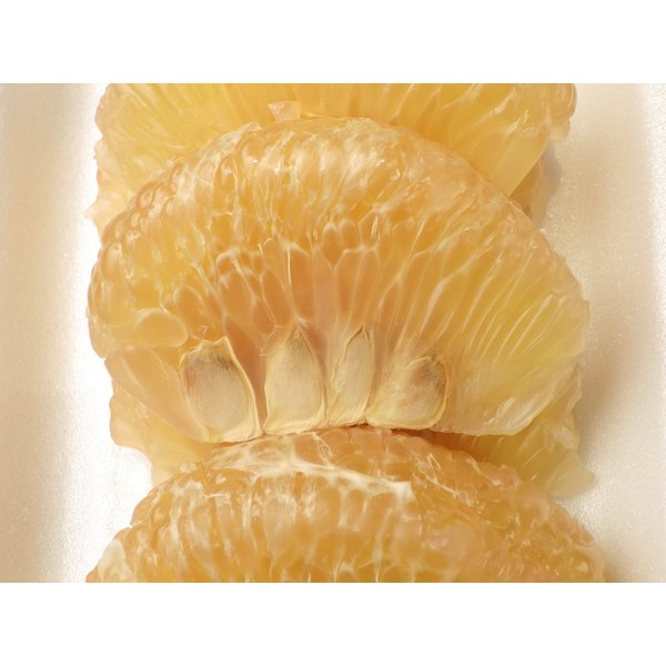 Grapefruit seeds provide a number of health benefits.