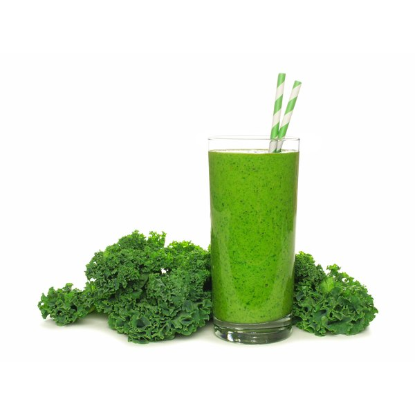 Green juices contain several nutrients that might promote uterine and vaginal health.