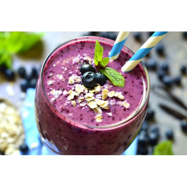 RightSize smoothie powders can be mixed with skim milk or juice.