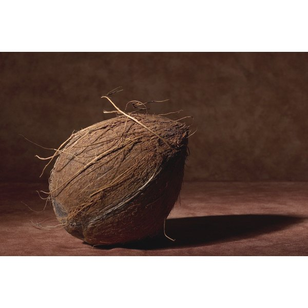 Two tablespoons of coconut oil may be easily incorporated into a diet.
