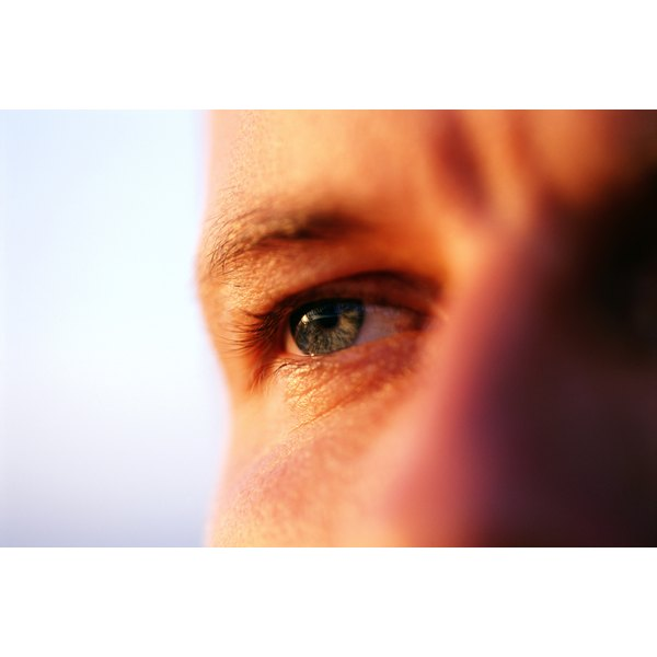 Retinoid treatment options may reduce loss of vision in certain eye diseases.