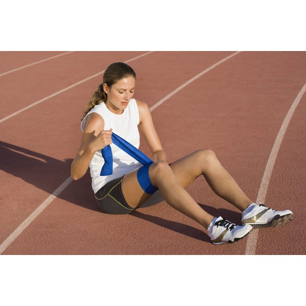 Wrapping pulled quadriceps can help to heal the injury.