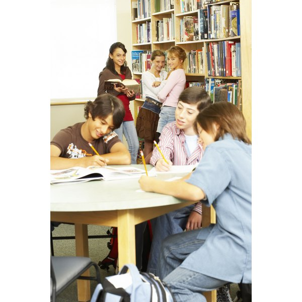 persuasive essay for sixth grade Objective: write an organized and logical 150 word persuasive essay to explain your view and opinion on a given topic process: 1) choose one of the topics below to.