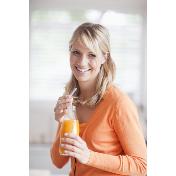 Include 100 percent fruit or vegetable juice in your healthy diet plan.
