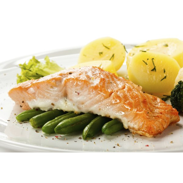 Salmon is a suitable source of lean protein for gout sufferers.