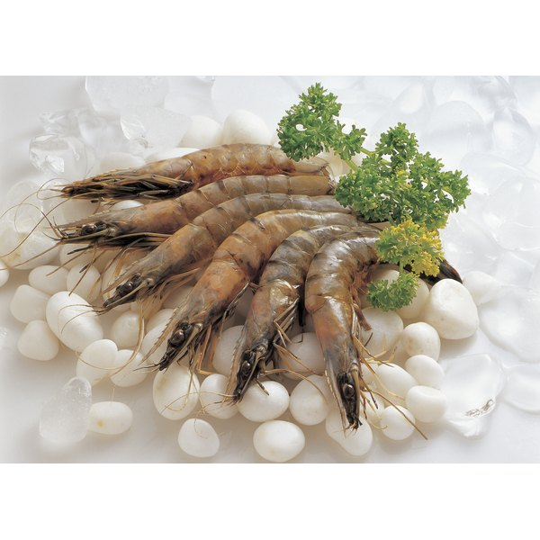Intacted uncooked shrimp.