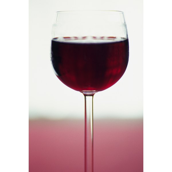 Stick to one or two glasses of Shiraz to keep calorie intake low.