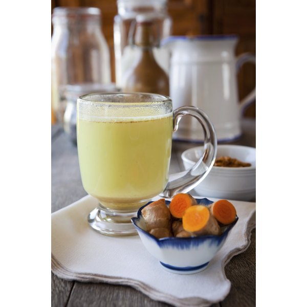 Turmeric milk with honey is rich in protein and antioxidants.