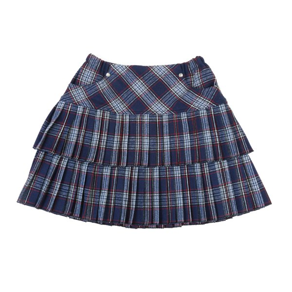 Put on a plaid mini skirt for your Rachel Green-inspired look.