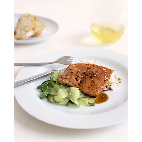 Salmon contains anti-inflammatory omega-3 fatty acids.