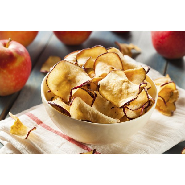 A bowl of apple chips.